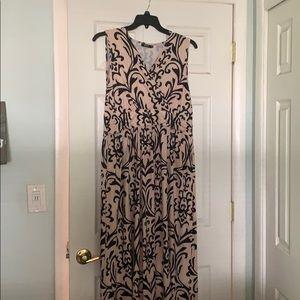 Dresses & Skirts - Barely worn long summer dress